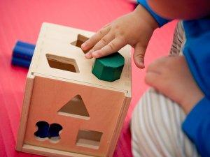 prečo kúpiť deťom drevené hračky